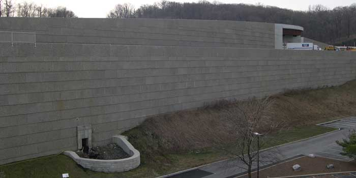 Gravity Retaining Wall Installation Doublewal